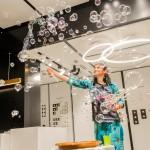 Оригинальный жанр - Шоу мыльных пузырей,химическое шоу