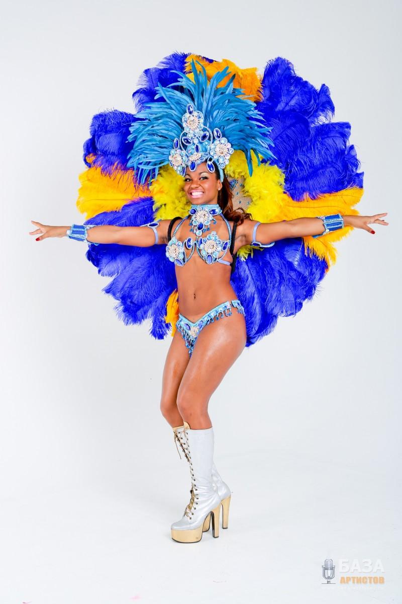 Бразильское карновальное зротическое шоу фото 274-647